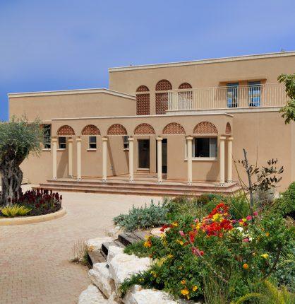 תכנון אדריכלי לבית בסגנון ים תיכוני BR